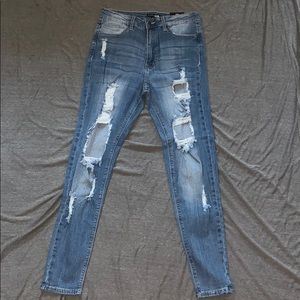 NEW FASHION NOVA JEANS